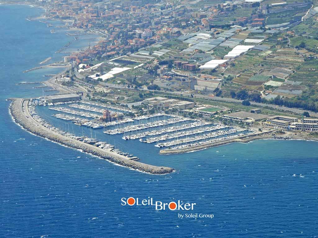 vendita-affitto-posto-barca-marina-degli-aregai